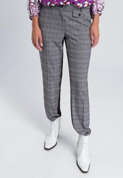 Woven trousers in 2-sided-optics