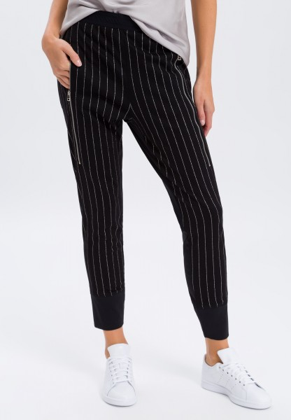 Tracksuit bottoms with shiny stripes