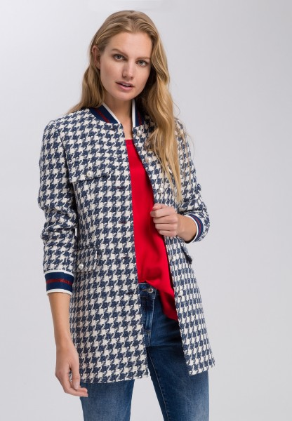 Long jacket in the pattern mix