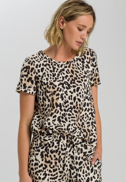 Blouse top with leopard print