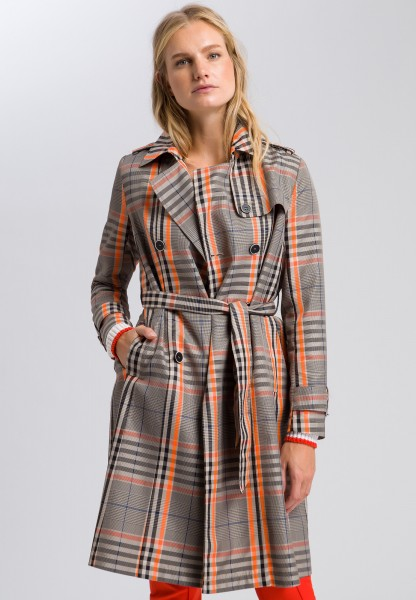 Short coat in a prince of wales check look