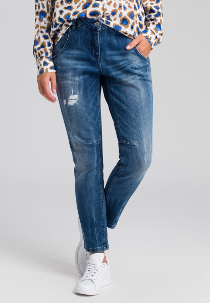 Loose fit jeans in blue denim look with Destroys