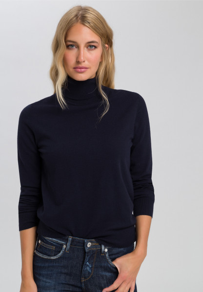 Sweaters casual style with turtleneck