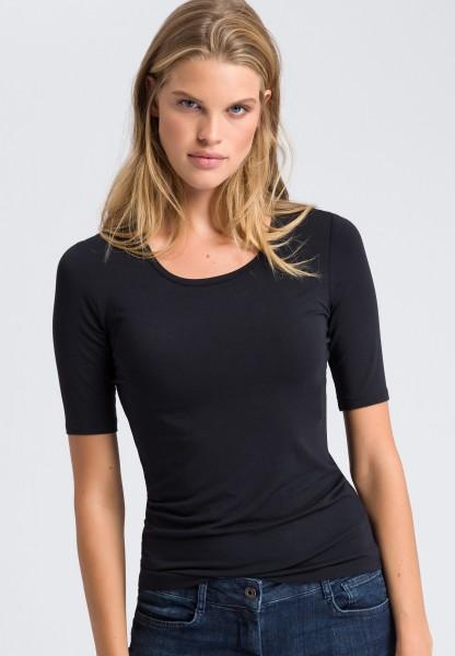 T-shirt with round neckline