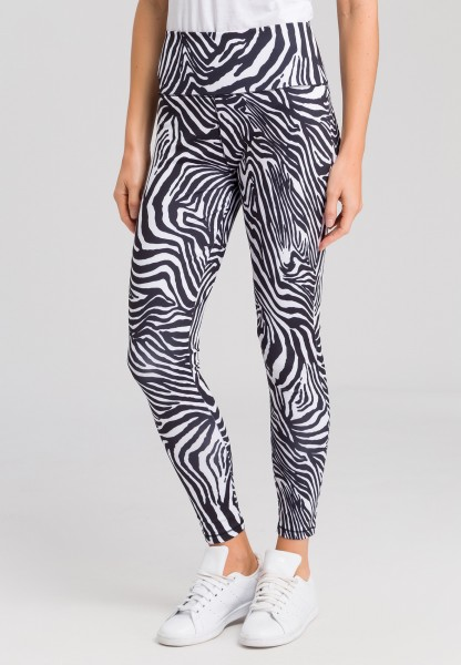 Leggings with animal print