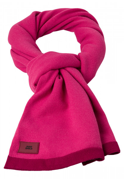 knitted scarf in fashionable pink