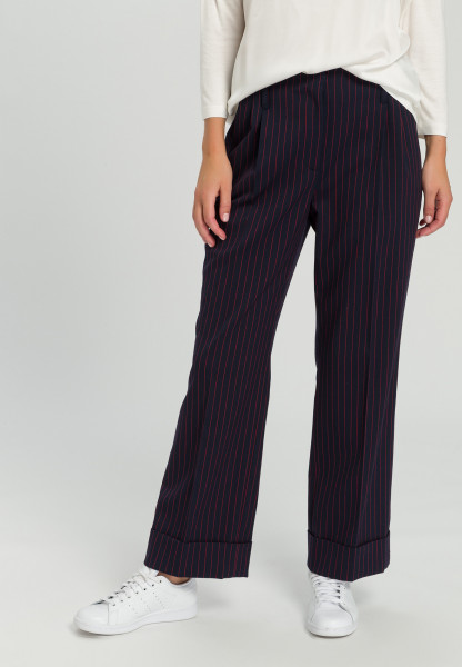 Pleated trousers Pinstriped