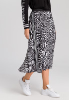 Pleated skirt with zebra print