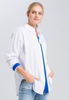 Blouse with contrasting ribbons