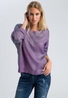 Sweaters in metallic look