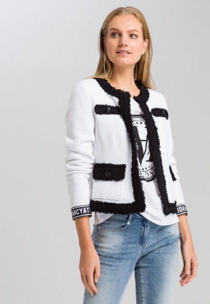 jacket with contrast details