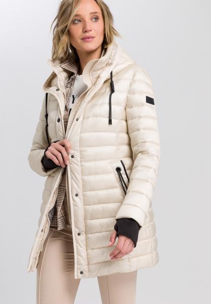 Outdoor coat in light down processing