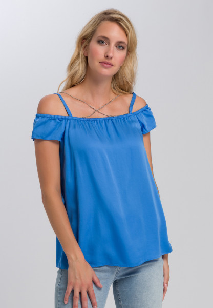 Blouse top of flowing satin