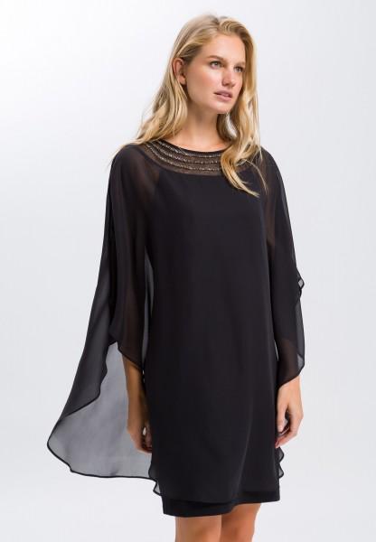 Dress in an oversized look