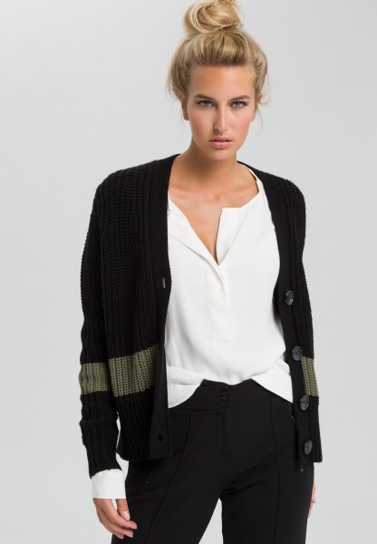 Knitted jacket with contrasting block stripes